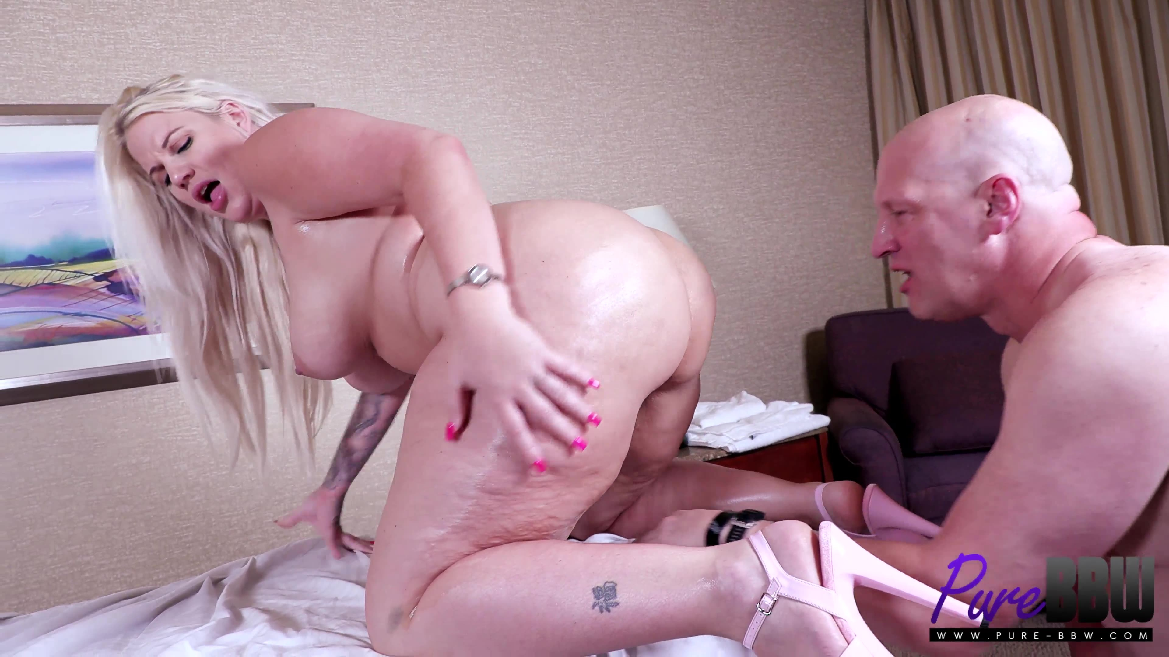 Pure-BBW.21.07.21.LuckyB.Dallas.Big.Booty.Sexual.Massage.XXX.2160p.MP4-OiLED.jpg