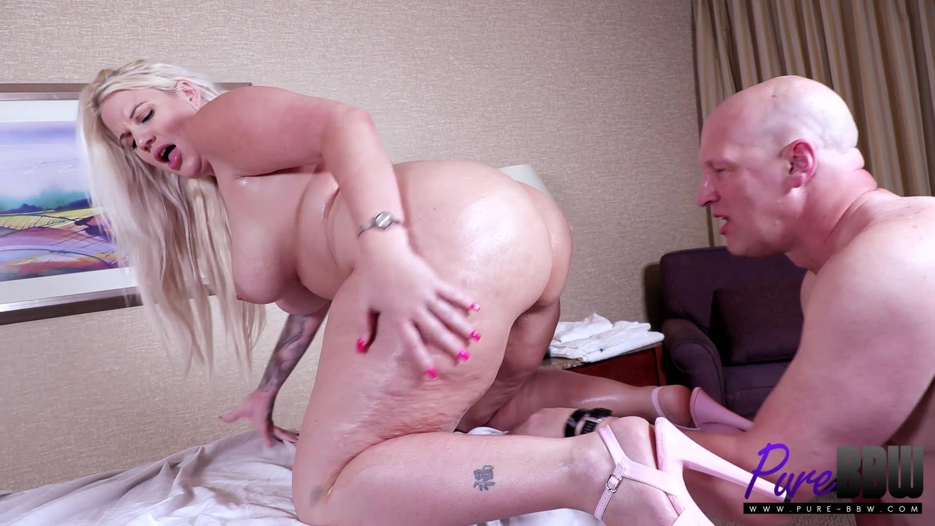 Pure-BBW.21.07.21.LuckyB.Dallas.Big.Booty.Sexual.Massage.XXX.1080p.MP4-OiLED.jpg