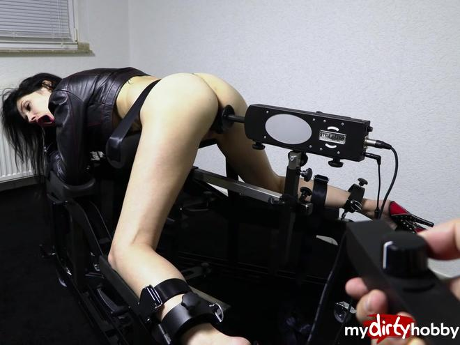 https://picstate.com/files/10018156_virod/Maschinenfick_Tied_fuck_bitch_trained_hard_MeliDeluxe.jpg