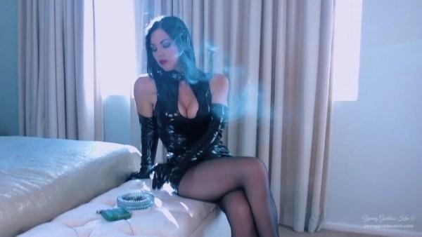 Young Goddess Kim - Toxic Smoke