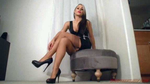Divine Goddess Jessica - Interviewing You To Be My Pantyhose Slave