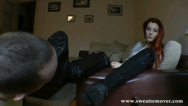 Redhead Victoria Demands Her Boots To Be Worshipped