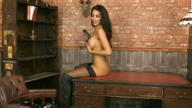 Sexy Brunette Babe In Boots Teasing