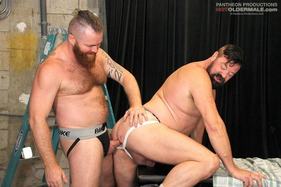 HotOlderMale - Blue Collar Bareback Bears - Mitch Davis, Zack Acland