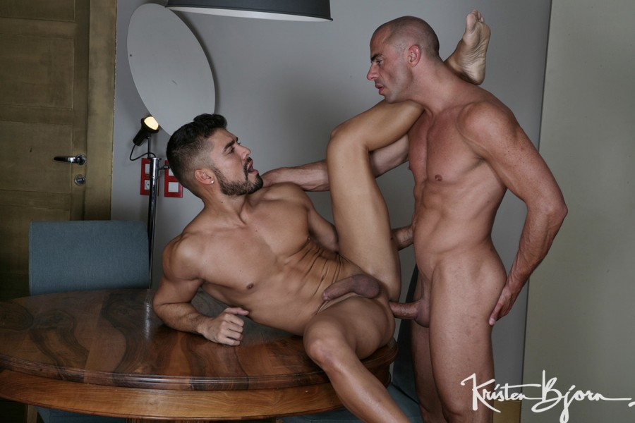 KristenBjorn - Red Hot - Dann Grey & Diego Summers