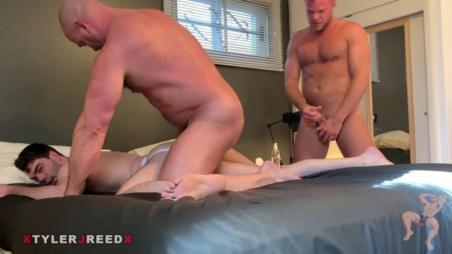 RawFuckClub - Tyler Reed & Wade Wolfgar - Tag Teaming a Slut
