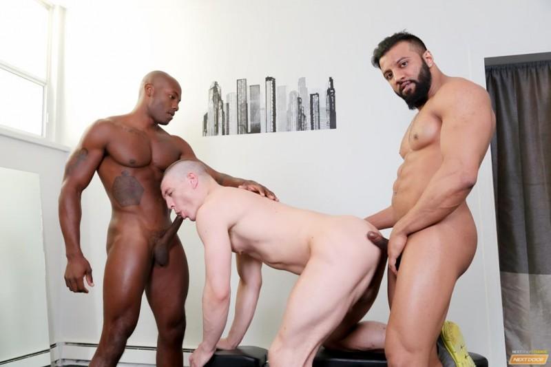 NextDoorEbony - Humping Iron - Osiris Blade, Caleb King & Damian Flexxx