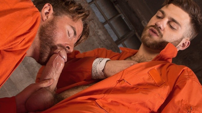 TitanMen - Jailbreak - Escaped Convicts Tommy Defendi & Brendan Patrick Hide Out