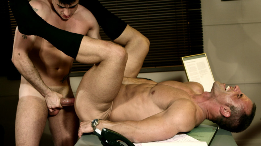 MenAtPlay - Harry's Appraisal - Harry Louis and Christian Alexander