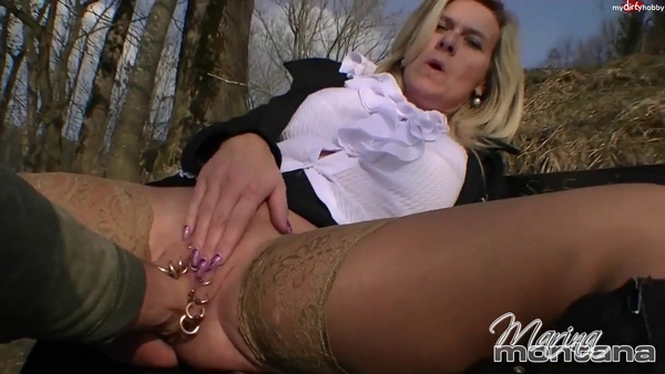 Marina Montana (aka lucy-cat) - Fisting and fucking with a stranger in a park - Mydirtyhobby beau...