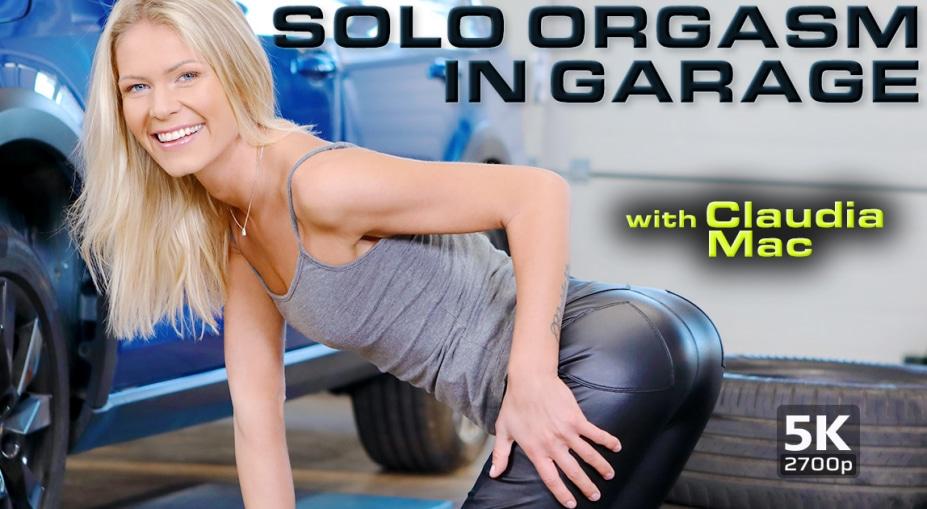 Solo orgasm in garage, Martina D, January 5, 2020, 5k 3d vr porno, HQ 2700