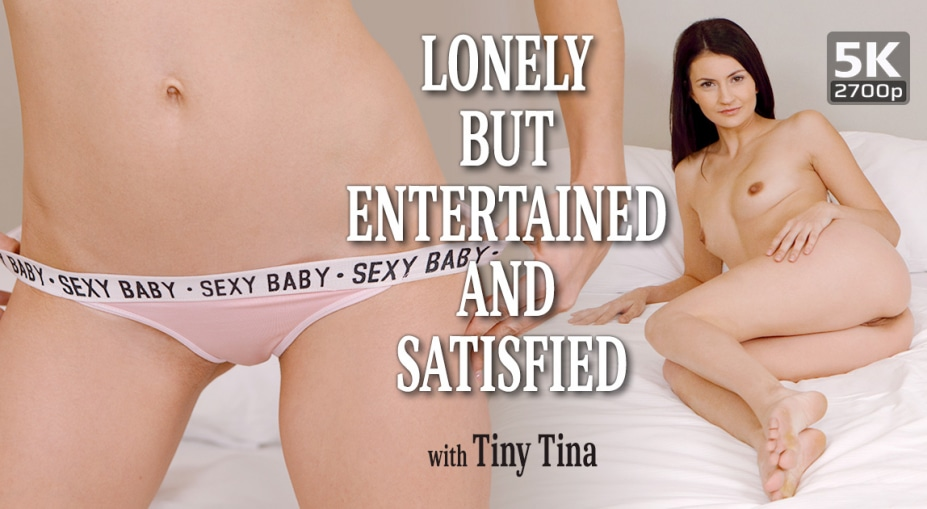 Lonely but entertained and satisfied, Tiny Tina, January 21, 2020, 5k 3d vr porno, HQ 2700