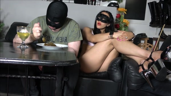 Mistress Gaia - A Mountain Of Shit For My Slave (FullHD 1080p)