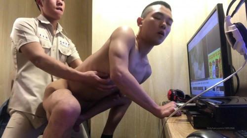 AmateurContribution - Zhang Xun Hao Anal by Senior Li Yan Xiang in the Internet Cafe