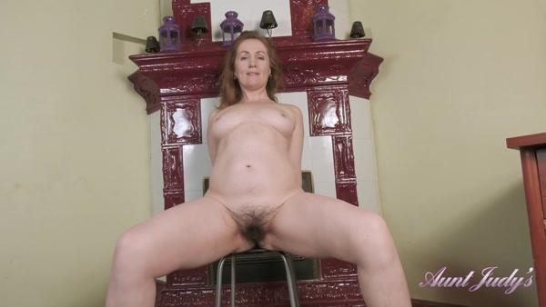 Valeria - Full Bush Milf Valeria Masturbates In Front Of The Fireplace (2020 / FullHD 1080p)