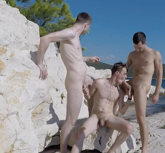 Bleshcouple - Croatia Rocky Beach Bareback Fuck With Samuel O'Brien
