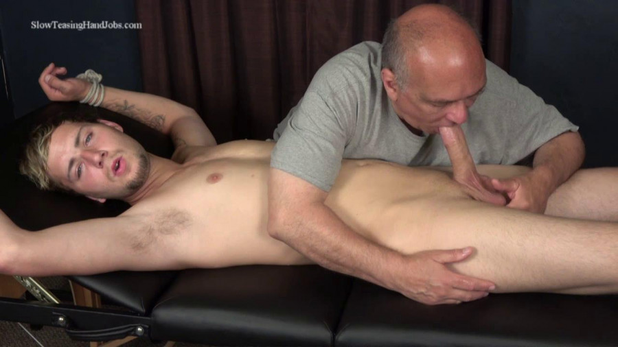 SlowTeasingHandJobs - Nick Edged and Sucked Off