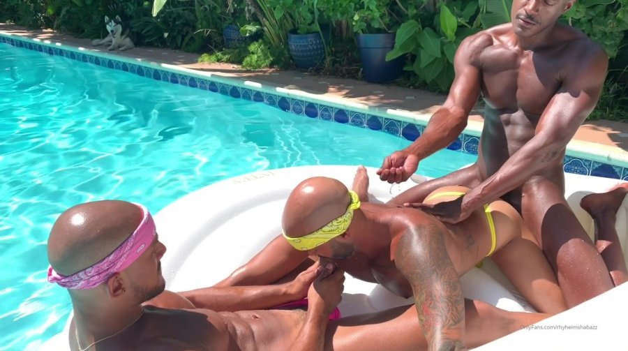 OnlyFans - Rhyheim Shabazz - New York couple JC and Tiger (jclovestiger) joins me for a pool day