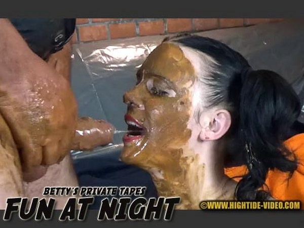 Betty, Eliza and 3 males - BETTY PRIVATE - FUN AT NIGHT (HD 720p)