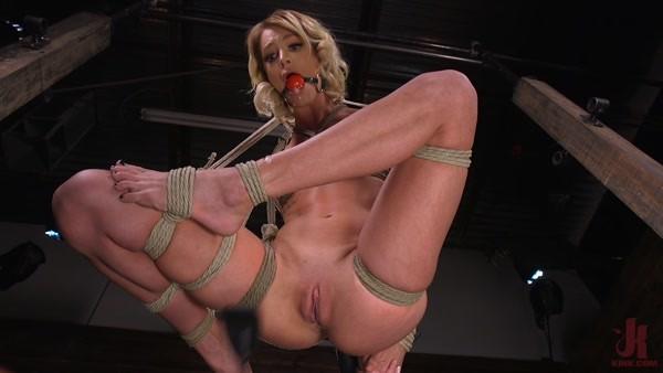 Emma Hix - Sexy Slut Suffers Sensually (2020 / HD 720p)