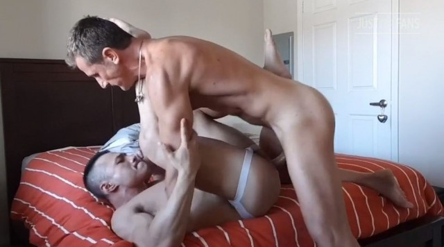 JustForFans - Ettore Tosi Fucks Asian Bodybuilder Ryan Hoang