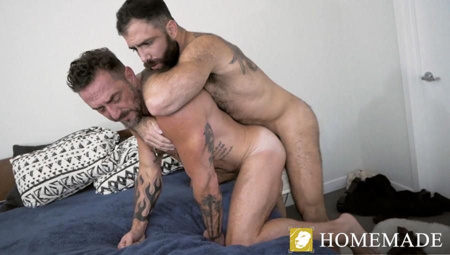 MenOver30 - Vince Parker & Jake Nicola - Pups Birthday Flip Fuck!