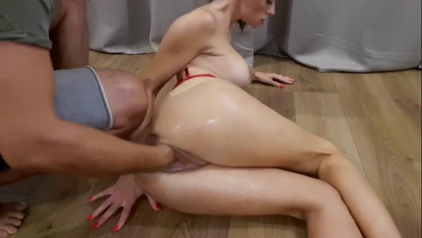 Pettit Looloo - I like when they Fist me and I Orgasam Hard, Amateur Model [FullHD 1080p]
