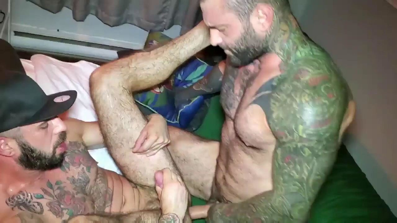 RawFuckClub - Romeo Davis - My Trainer Markus Kage Fucked me