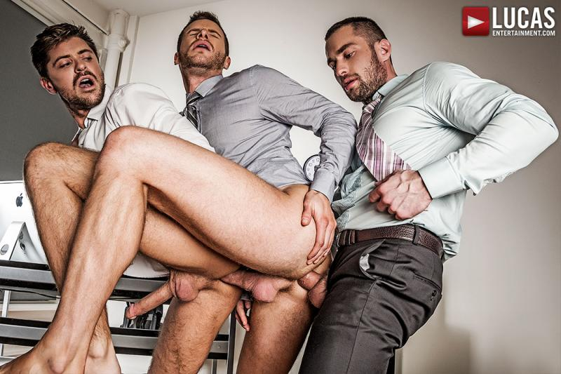 LucasEntertainment - Stas Landon And Jack Andy Double Penetrate Brian Bonds After Hours
