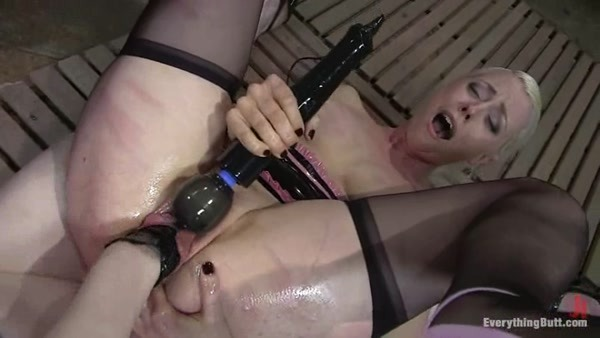 Claire Adams, Lorelei Lee - Anal Fisting and Strap-on Domination [SD 540p]
