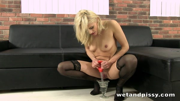 Brittany Bardot - Pissing and Huge Dildo Play - Big Black Friends (FullHD 1080p)