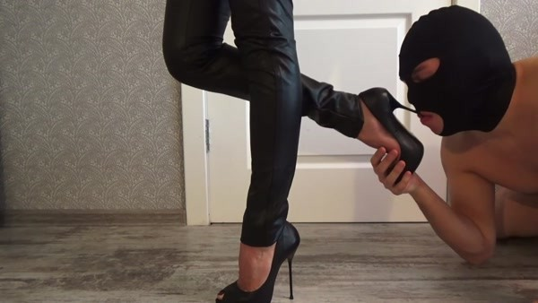 Mistress Emily - Femdom scat [2020 / FullHD 1080p]