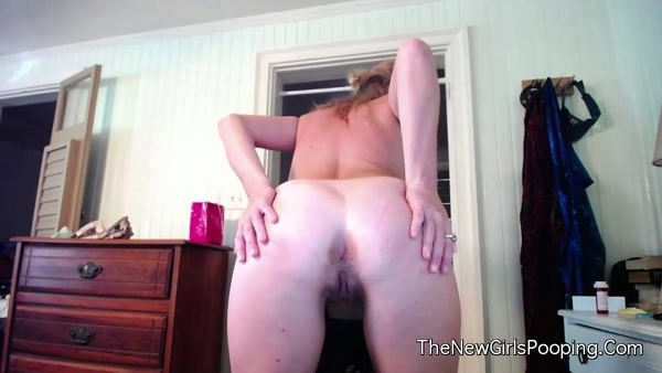 Kristin - Taco Farts and Plops [HD 720p]
