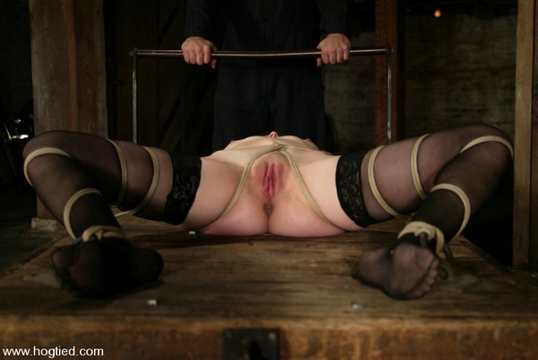 Bobbi Starr is one of the hottest rising starlets of the adult industry (HD 720p)