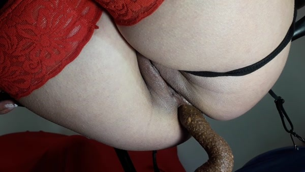 Elena Toilet - Big Tasty Shit [FullHD 1080p]
