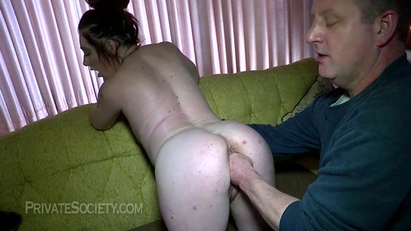 Janie - Fisting, Fuck and Squirting - Janie gets her pussy fisted (2020 / HD 720p)