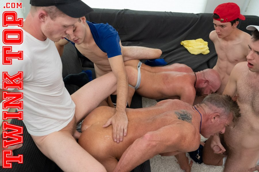 TwinkTop - Marcus Rivers, Maxx Monroe, Jack Andram, Cole Blue - TURKEYBOWL