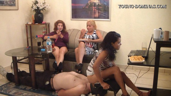 Spanish Scat Young Dominas - Live Chat and Shit [HD 720p]