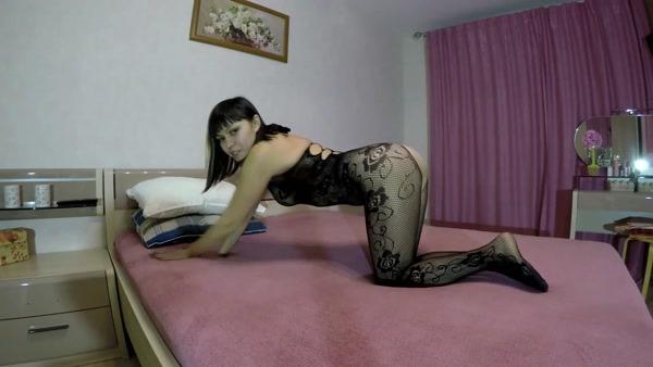 Elena toilet (aka Elenatoilet) - Tasting my stinky shit [FullHD 1080p]