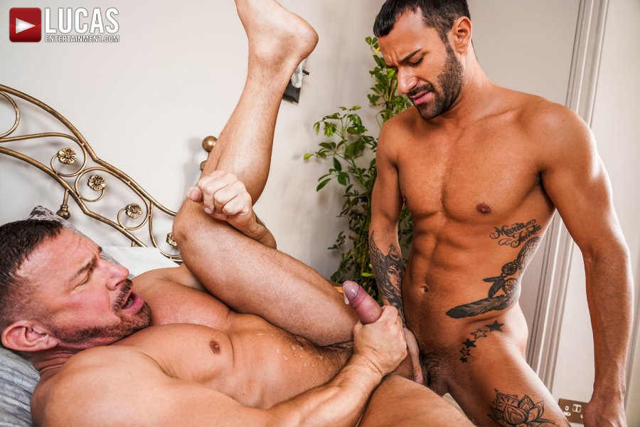LE - Tomas Brand And Gustavo Cruz Strip Off Their Suits