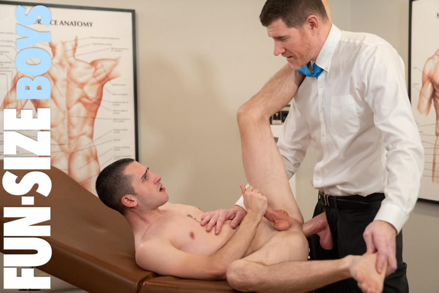 FunSizeBoys - Oliver & Dr Wolf - Chapter 1 Dr Wolf's Office