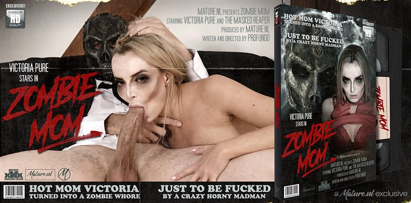 Hot mom turning into a zombie mom and fucking a masked madman