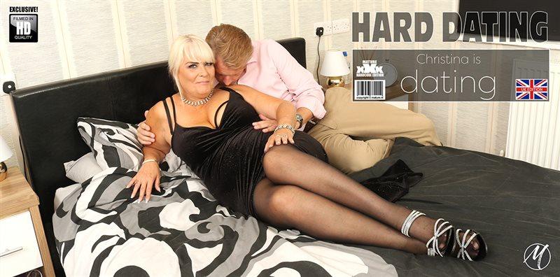 Curvy mature Christina loves having her special sexdates