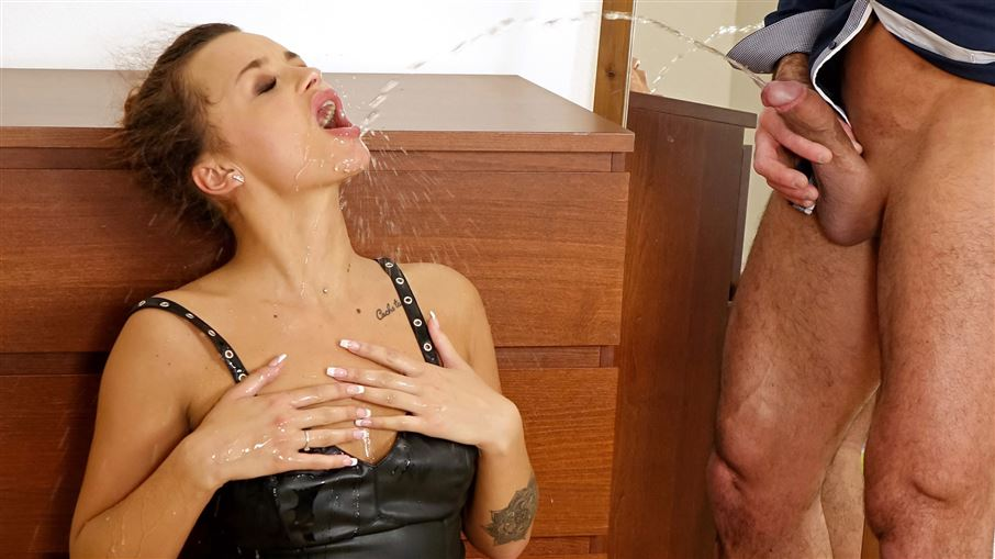 Leaving Some Spunk and Piss On A Leather Lady!