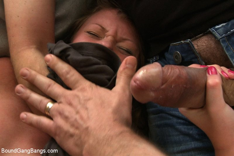 18 Year Old in her First Gangbang EVER!!!