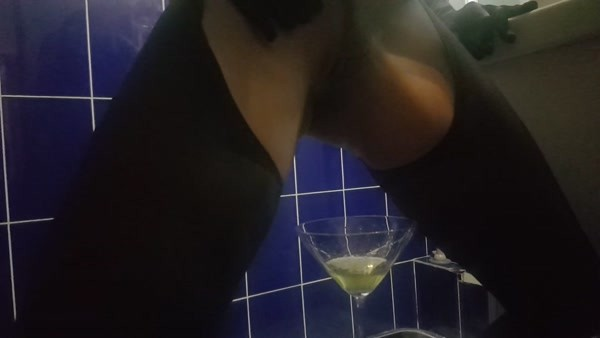 Antonella - Huge strapon with champagne... Happy holidays my slaves (FullHD 1080p)
