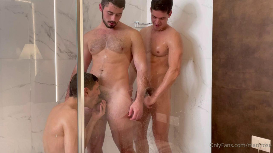 OnlyFans - Andreas Private - Threesome In The Shower with Marc Rose, Mateo Landi & Jake Huch