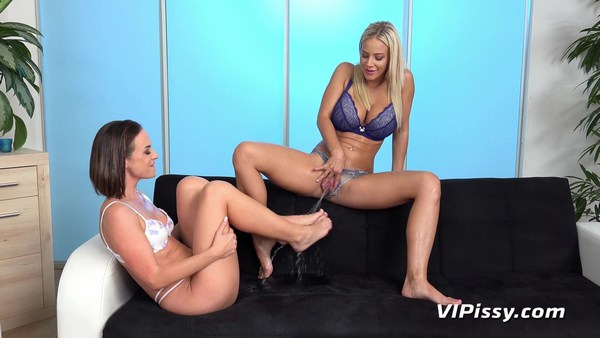 Oprah and Vinna Reed - Piss in mouth - Piss Covered Feet (FullHD 1080p)