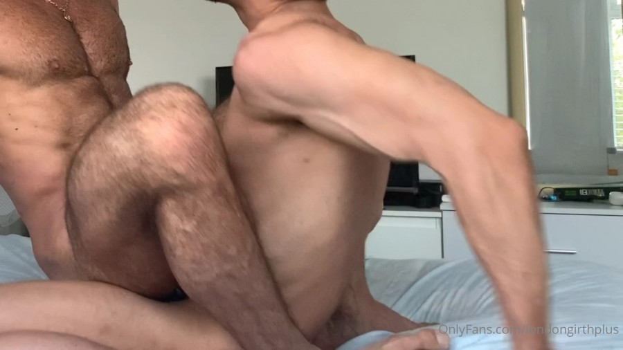 OnlyFans - LondonGirthPlus Featuring His Hot Brazillian Friend part 1