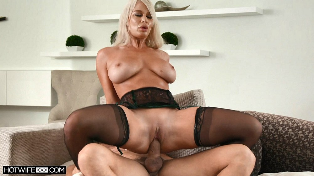 Analized, Jasmin - Paint My Face With Your Cum